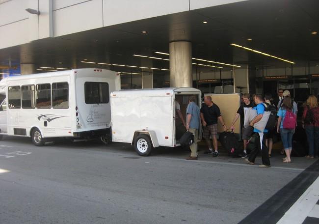 Honduras Unloading in Miami